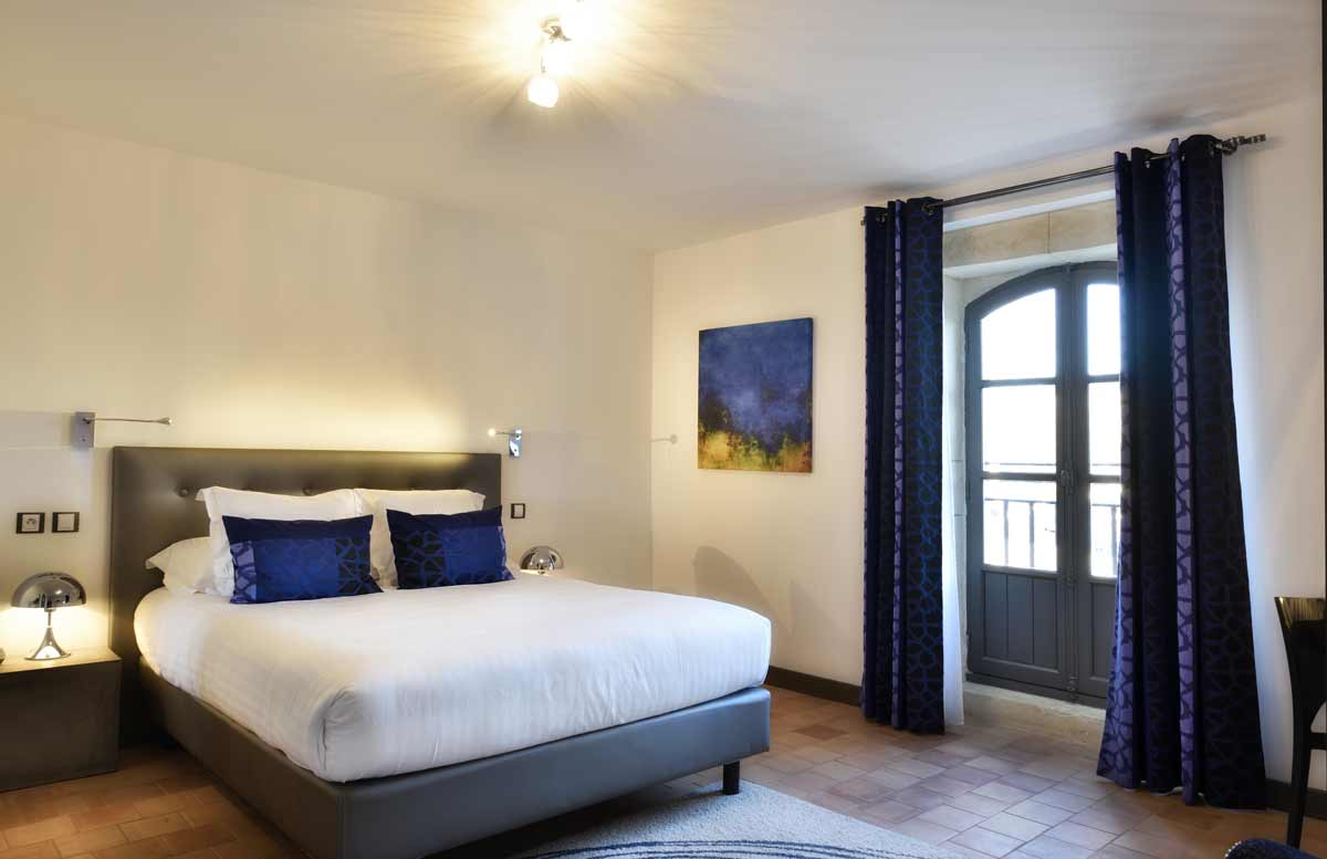 Rooms La Ferme Chapouton Hotel Restaurant Bistro Grignan
